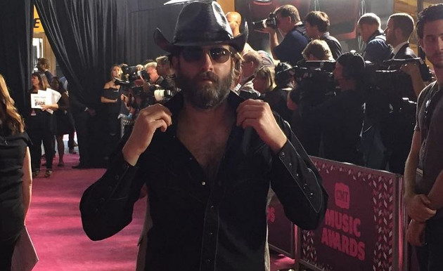 Wheeler Walker Jr. Crashes The 2016 CMT Awards