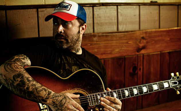 Now With #1 Album, Aaron Lewis Continues to Backpedal From Country Comments