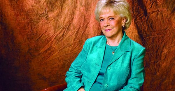 Thoughts Amp Prayers Requested After Jean Shepard Enters