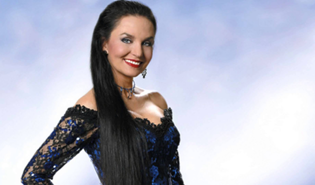 Crystal Gayle Saving Country Music
