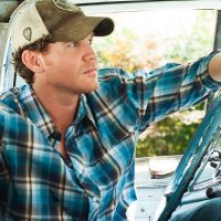 """Curtis Grimes Delivers on the Promise of """"Undeniably Country"""""""