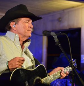 george-strait-gruene-hall-2