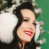 """I Reviewed a Christmas Album. It's Kacey Musgraves' """"A Very Kacey Christmas"""""""