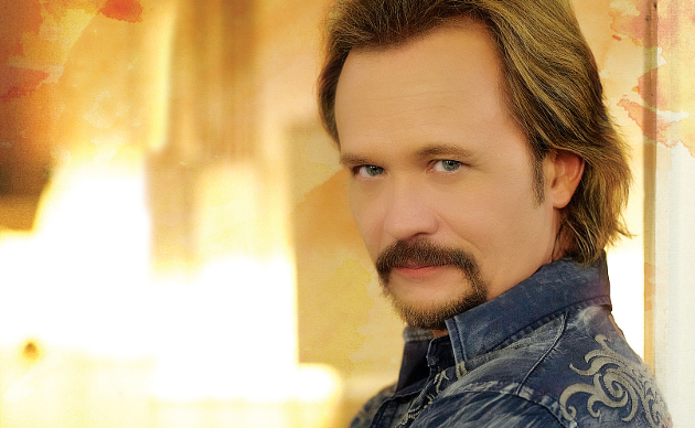 Travis Tritt Rips the CMA's for Booking Beyonce