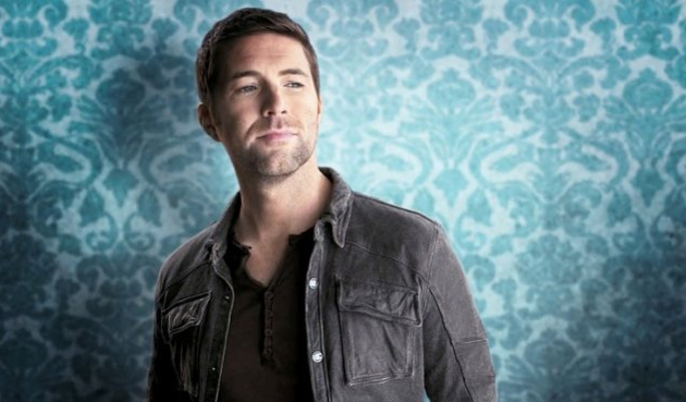 "Album Review – Josh Turner's ""Deep South"""