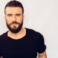 """Ding Dong The Witch Is Dead: Sam Hunt's """"Body Like a Backroad"""" Finally Vacates #1 Spot"""