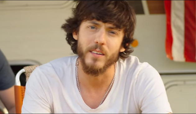 "Chris Janson's ""Fix A Drink"" Is Hot Garbage"