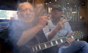toby-keither-wacky-tobaccy-willie-nelson-2