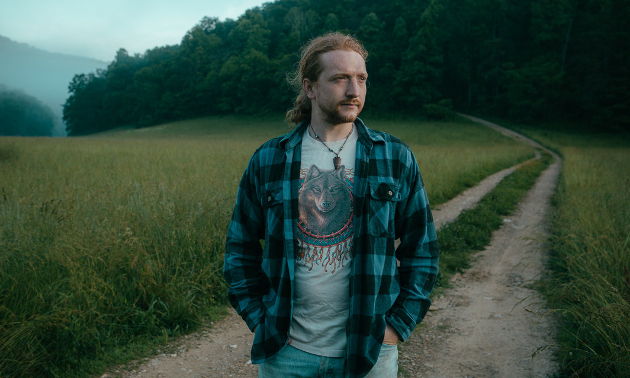 "Tyler Childers Sees Surprisingly Strong Chart Performance for ""Purgatory"""