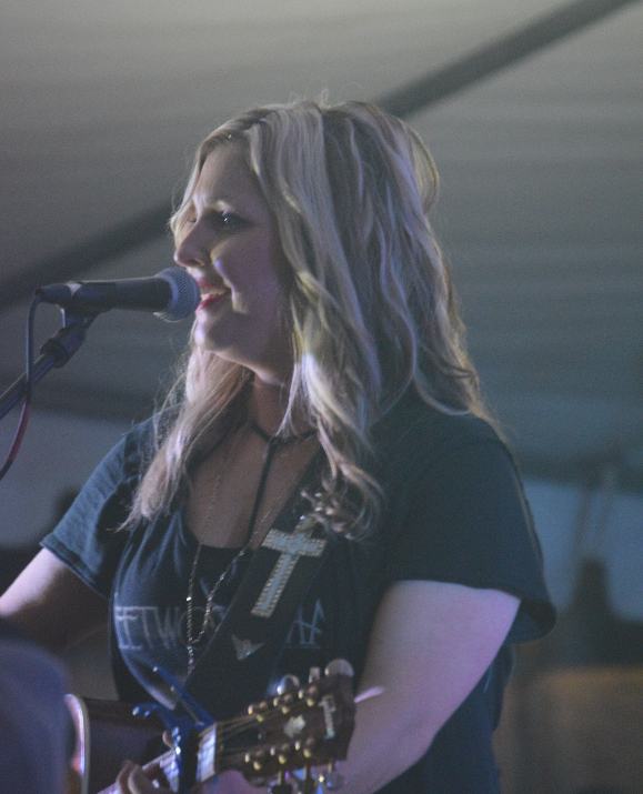 Sunny Sweeney on the late night stage