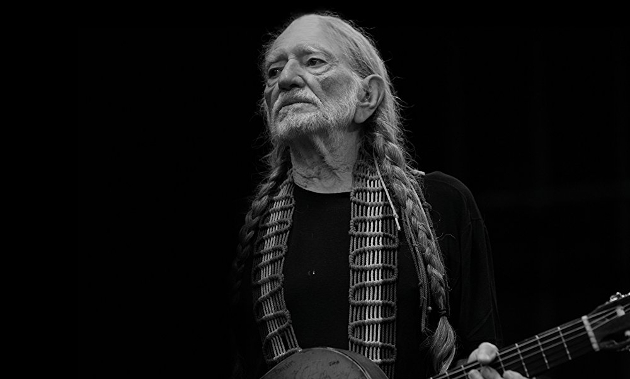 Willie nelson gotta get piss drunk