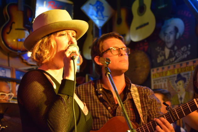 Leigh Nash may be best know as the singer for Sixpence None The Richer, but is now an Americana singer and songwriter.