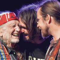 "Willie Nelson Covers Hank, Hank, Hank & Hank on New Album With ""The Boys"""