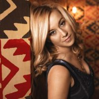 """Song Review – Kellie Pickler's """"If It Wasn't For a Woman"""""""