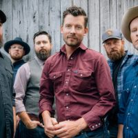 """""""A Long Way From Your Heart"""" Should Be The Turnpike Troubadours' National Moment"""