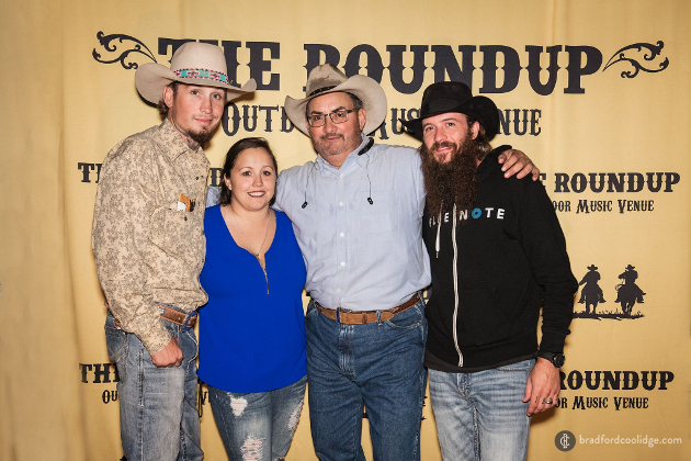 Johnnie Langendorff, girlfriend, owner of The Roundup Robert Saenz, Cody Jinks