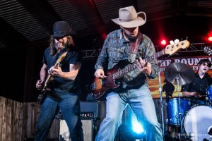 cody-jinks-the-roundup-band