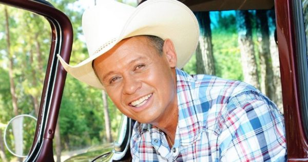 On Neal Mccoy S Quot Take A Knee My Ass Quot Saving Country Music