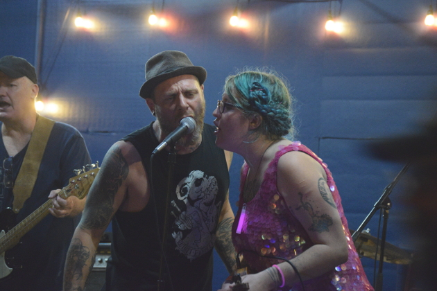 Gary Lindsey and MacKenzie Dart of Rock Bottom String Band