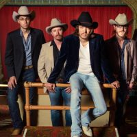 """Mike & The Moonpies Join with John Baumann to Counter Claims That """"Country Music's Dead"""""""