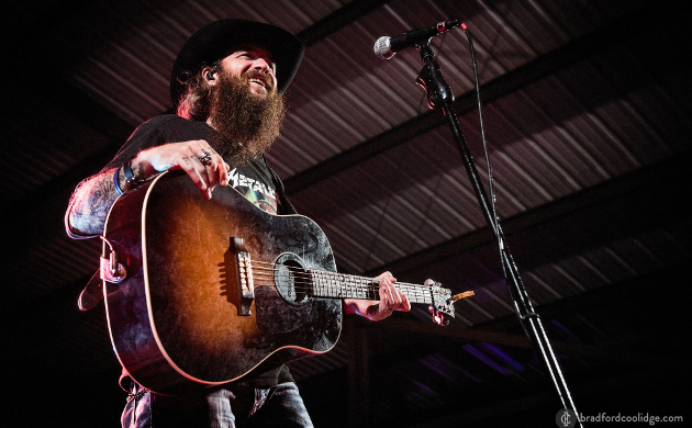 Cody Jinks Releases New Song, and Wave of Confusion | Saving