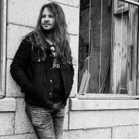 Brent Cobb Announces New Album, Tributes Wayne Mills in Debut Song