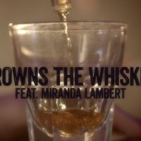 jason-aldean-miranda-lambert-drowns-the-whiskey