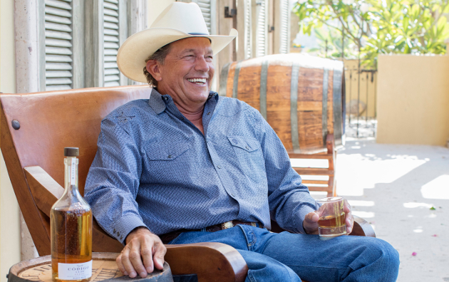 040f2cc96172b George Strait Is Back On Top with