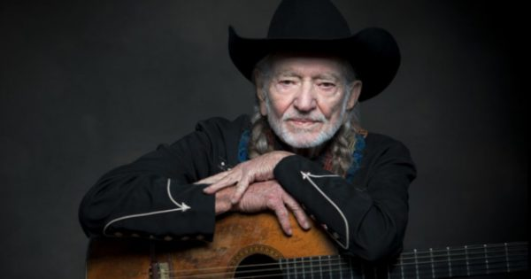 """Willie Nelson to Complete """"Trilogy of Mortality"""" with New Music"""