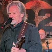 kris-kristofferson-32-below