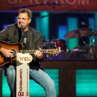 vince-gill-grand-ole-opry