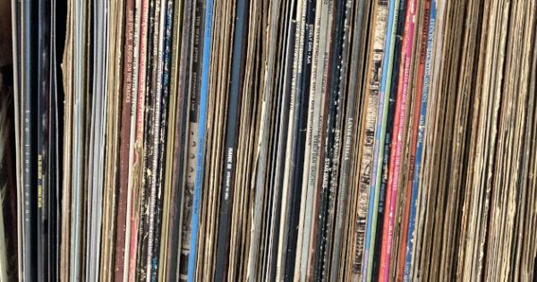 nackt Vinylistic B. Babe The Curse